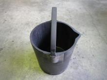 火薬工場向けNG品回収バケツ2